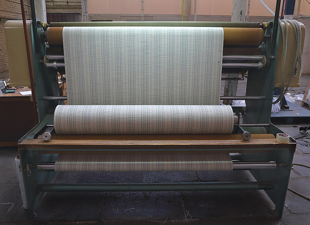 Fabric Inspection in apparel manufacturing - Textile School